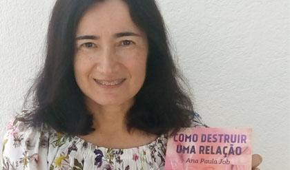 Entrevista a Ana Paula Job: Como construir um romance sobre como destruir uma relação