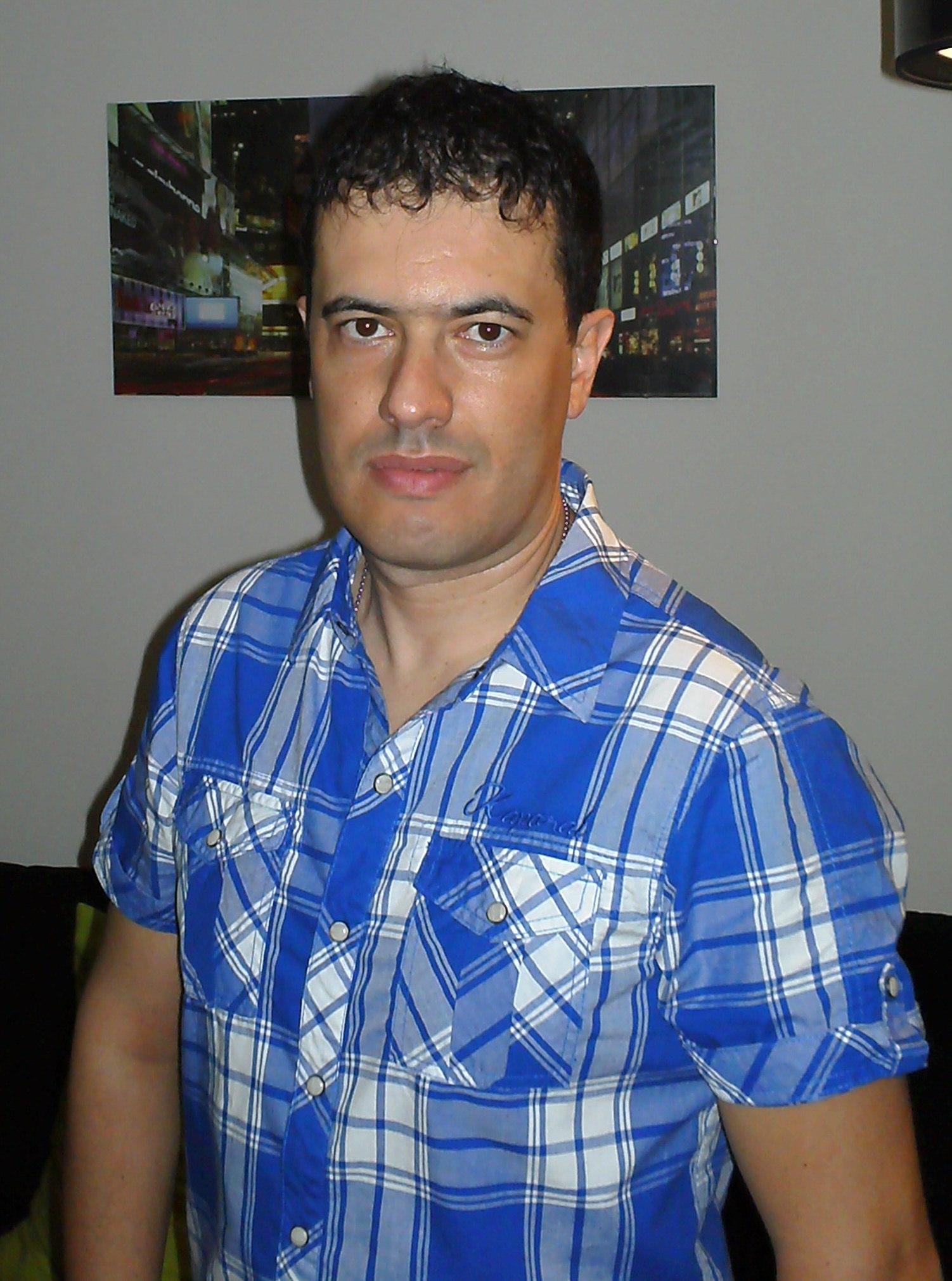 Entrevista a Luis Garcia, autor Bubok